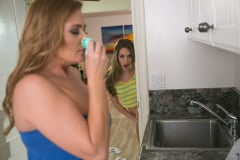 Kimmy Granger - The Panty Trail (Thumb 01)