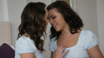 Adriana Chechik में 'Mother's Secret Twins: Part One'