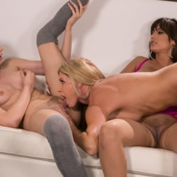 India Summer in 'Girlsway' My Daughter's Failing Grades (Thumbnail 55)